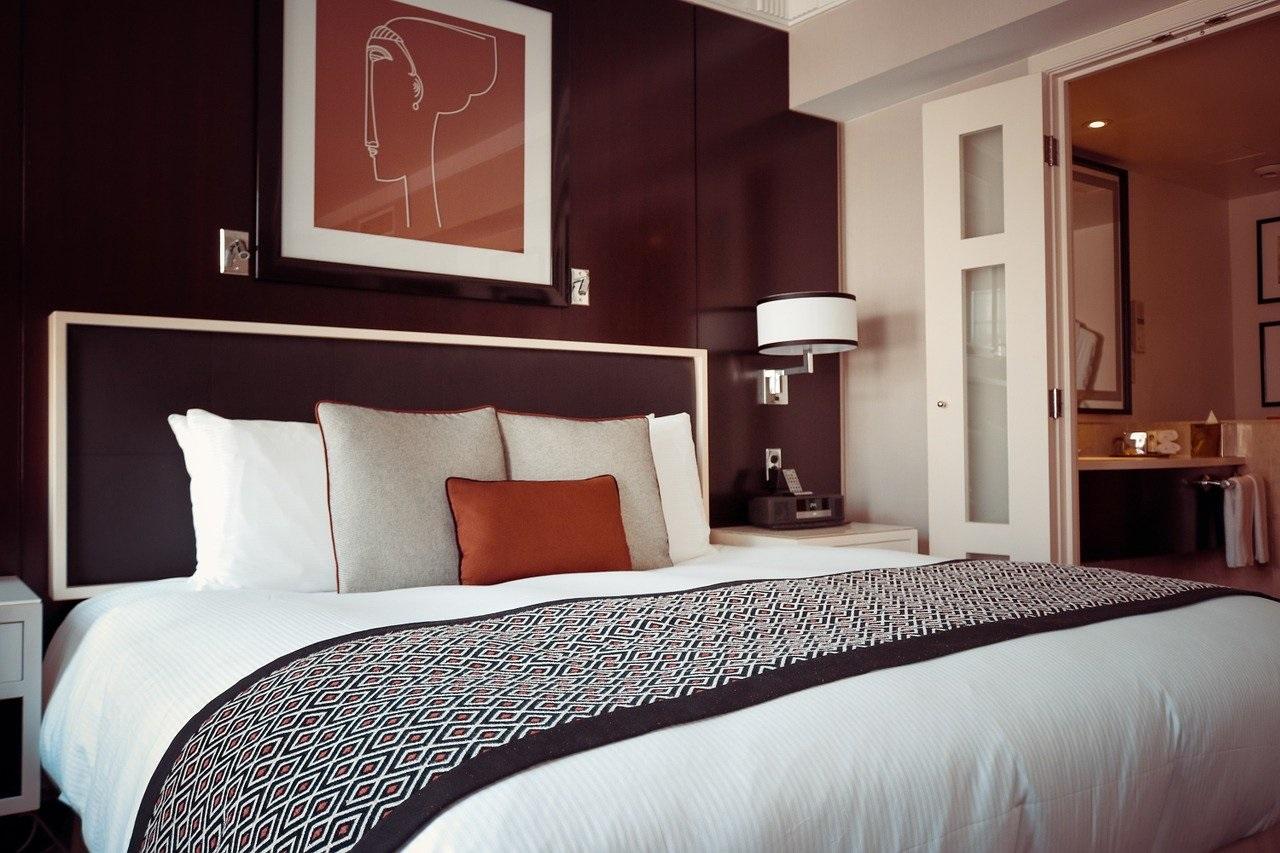 porządki w sypialni - jak zaplanować